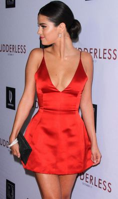 Perfect in Dior red dress Selena Gomez. You are in the right place about REd dress off the shoulder Here we offer you the most beautiful pictures abou Short Strapless Prom Dresses, Hoco Dresses, Prom Party Dresses, Birthday Dresses, Homecoming Dresses, Cute Dresses, Dress Party, Wedding Dresses, Satin Dresses