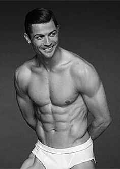 """Cristiano Ronaldo Named """"The Fittest Man Alive"""": A Physique . Cristiano Ronaldo 7, Cristiano Ronaldo Underwear, Good Soccer Players, Football Players, Football Soccer, Ronaldo Real Madrid, Shirtless Men, Belle Photo, Mens Fitness"""