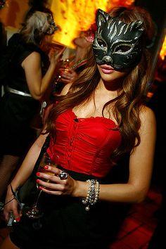 masquerade http://www.discoverwonderworld.com/mk/events/event/523/new-years-eve-masquerade-ball-december-2012.htm
