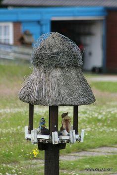 Amrumer Reetdachvogelhaus