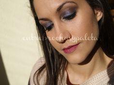 Maquillaje navidad gris con static de Illamasqua http://entrebrochasypaletas.blogspot.com.es/2013/12/maquillaje-navidad-gris-con-static-de.html #makeup #captive #navidad #christmas