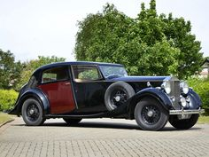 1937 Rolls-Royce Phantom III wallpaper