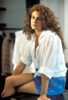 11 Iconic Perm Moments Julia Roberts starring in Pretty Woman. A look back at the permanent waves and curls that dominated classic movies and concert stages in the and here. 15 Easy Celebrity UpdosThe Best Celeb HairstylesStyle Awards Best B Cabello Julia Roberts, Cheveux Julia Roberts, Julia Roberts Hair, Julia Roberts Style, Julia Roberts Movies, Diana Ross, Richard Gere, Vanity Fair, Pretty People