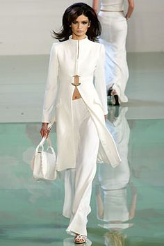spring-2003-ready-to-wear/valentino/collection