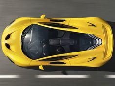 Voici la McLaren P1 dans ses habits de lumière du salon de Genève 2013.