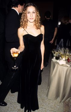 In honor of the Met Gala quickly approaching, we're taking a look back at what some of our favorite stars wore the first time they went. SJP kept it classic at her first ever Met Gala in 1995 in a sleek velvet dress.
