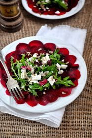 In my coffee kitchen: Carpaccio z buraka Great Dinner Recipes, Healthy Dinner Recipes, Vegetarian Recipes, Healthy Salads, Healthy Eating, Healthy Food, Vegan Cafe, Appetizer Salads, Soup And Salad