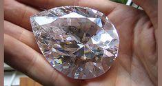 Diamond Studs, Diamond Jewelry, Pear Shaped Diamond, Rocks And Gems, Gems And Minerals, Crystals And Gemstones, Green Gemstones, Crystal Earrings, Star