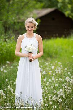 Summer Weddings, Finland, Wedding Photos, Wedding Photography, Feelings, Wedding Dresses, Fashion, Marriage Pictures, Bride Dresses