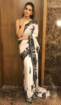 Saree Dress, Dress Up, Sari, Chiffon Saree, Chiffon Dress, Indian Dresses, Indian Outfits, Sexy Outfits, Fashion Outfits