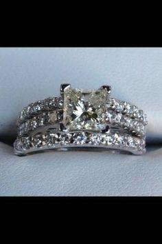 2 carat Princess cut diamond ring - $4300