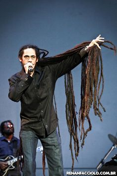 Damian Marley - His hair is fantastic!