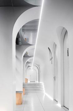 Space Interiors, Office Interiors, Brick Architecture, Interior Architecture, Arch Interior, Interior Decorating, Ceiling Design, Wall Design, Column Design