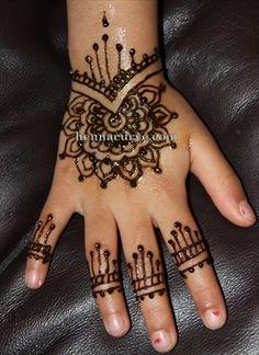 Simple Flowery Henna Tattoo Designs | HENNACURVE