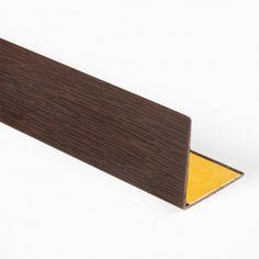 CANTONERA DE PVC ADHESIVA COLOR WENGUÉ   La Cantonera de PVC adhesiva color wengué no requiere herramientas, adhesivos ni colas para su colocación. Disponible en color wengué, diversas longitudes y una medida de perfil.  #ImitaciónWengué #Wengué #WengeWood #CantoneraPVCImitaciónWengué #ÁngulodePVC #PVCLProfile Angles, Color, Shopping, Stair Nosing, Adhesive, Diy, Tools, Profile, Budget