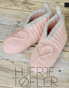 Hjemmesko / Design og strik hjemmesko Pretty Nails, Slippers, Footwear, Socks, Knitting, Sewing, How To Make, Gifts, Handmade