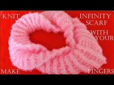 Como tejer bufanda infinita con los dedos fácil en minutos - Make Knit infinity scarf in 30 minutes - YouTube