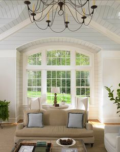 Traditional Colonial Home -An Interior Design & Luxury Homes Blog