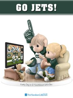 Score a touchdown with this officially-licensed Precious Moments NY Jets fan figurine! Featuring an adorable Precious Moments couple cheering on their favorite team, the Jets! Don't miss out on scoring this essential fan tribute: