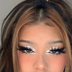 Cute Makeup Looks, Makeup Eye Looks, Creative Makeup Looks, Eye Makeup Art, Pretty Makeup, Skin Makeup, Makeup Eyeshadow, Indie Makeup, Edgy Makeup