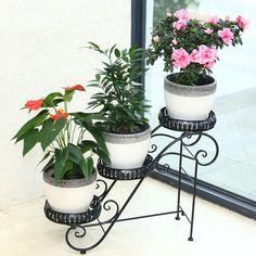 Resultado de imagen para jardineras en metal