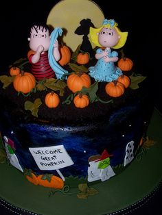 Cake Wrecks - there are so many great Halloween cakes on this page that it was hard to pick one to pin- classic the great pumpkin Charlie Brown Halloween, Great Pumpkin Charlie Brown, It's The Great Pumpkin, Crazy Cakes, Fancy Cakes, Cute Cakes, Halloween Cakes, Halloween Treats, Happy Halloween