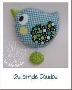 Une petite mascotte avec son gabarit / A little mascot to sew (french site with pattern)