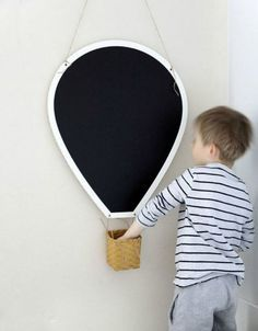 mommo design: 10 DIY IDEAS FOR KID'S ROOM - Hot air balloon chalkboard with chalk basket