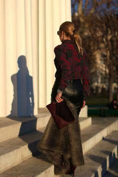 skirt - Zara / blouse - New Yorker / fur jacket & sunglasses - H&M / clutch - C&A / pumps - Deichmann / necklace - H&M, Xenox / earrings - Vintage / rings - Thomas Sabo, LookbookStore