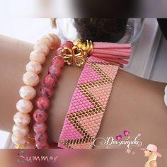 Summer colors Bilgi için. Dmulaşabilirsiniz __________________________ #miyuki #miyukibeads #beads #jewelry #design #handmade #love #tasarım #instagram #takı #fashion #trend #moda #style #summer #bileklik #bracelet #instalove #instago #likes #accessories #bayan #aksesuar#art #happy #peyote #sezon #colors#pink #kombin