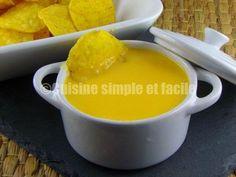 Sauce cheddar pour nachos Nachos, Sauce Cheddar, Cornbread, Pudding, Sauces, Cheese, Ethnic Recipes, Desserts, Simple