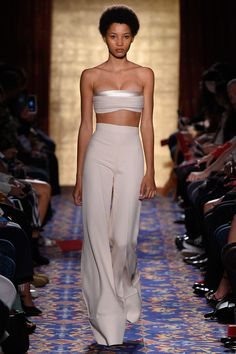 Brandon Maxwell Spring 2017 Ready-to-Wear Fashion Show - Lineisy Montero
