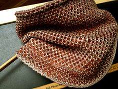 Ravelry: Half Linen Stitch-ish Cowl pattern by Nicole Nehrig