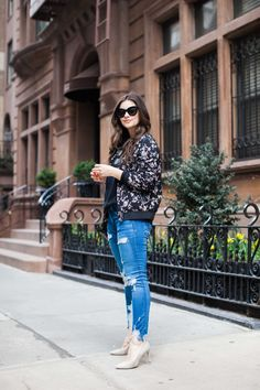 The Floral Bomber Jacket Perfect For Spring by fashion blogger Dana of Pink Champagne Problems