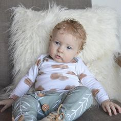 Adorable cloud fabric in this long sleeve shirt will be your favorite piece in your little ones closet. Paired with the matching pants makes this outfit even cuter :) Hand made with soft cotton stretch jersey. Comes from a pet and smoke free home! Machine wash on delicate/gentle cycle with