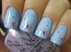 Pastel Flower Nails.