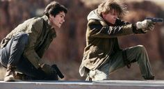 In Maze Runner: The Death Cure, which is the third and final movie in the Maze Runner saga, Thomas (Dylan O'Brien) leads his group of escaped Gladers . Maze Runner Thomas, Newt Maze Runner, Saga Maze Runner, Maze Runner Death Cure, Maze Runner Trilogy, Maze Runner Movie, James Dashner, Maze Runner Cura Mortal, The Scorch Trials