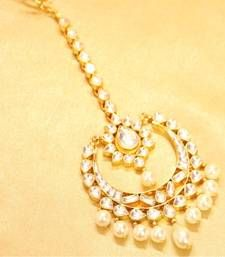 Buy Beautiful PEAR shaped kundan pearl maang tikka maang-tikka online