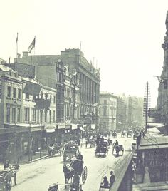 Picture of George Street in Sydney 1895 - New South Wales. Paris Skyline, New York Skyline, Sydney City, Historical Pictures, South Wales, Old Photos, Photo Art, 19th Century, Cities