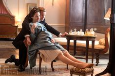 The Queen and Duke of Edinburgh (Claire Foy and Matt Smith) share a relaxed moment while she is pregnant with Prince Andrew CREDIT: ALEX BAILEY/NETFLIX -  The Crown season 2 first look