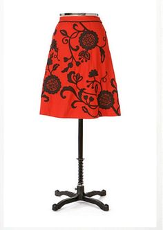 New Anthropologie Lithe Ingonish Skirt Red Embroidered Floral Small 6 Rare 2006 #Anthropologie #ALine