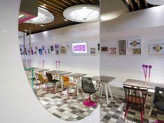 inspiring cafes on pinterest retail design hospitality. Black Bedroom Furniture Sets. Home Design Ideas