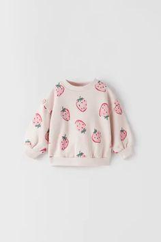 Baby Girls' Sweatshirts | New Collection Online | ZARA United States Baby Clothes Sizes, Cute Baby Clothes, Fashion Kids, Zara Australia, Stylish Baby Girls, Online Zara, Little Girl Outfits, Printed Sweatshirts, Kids Wear