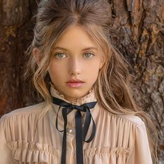 Time to breathe, it's Friday. Time to breathe, it's Friday. Beautiful Little Girls, Most Beautiful Faces, Beautiful Girl Image, Beautiful Eyes, Preteen Girls Fashion, Girl Fashion, Sexy Hot Girls, Cute Girls, Teen Girl Hairstyles