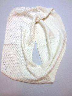 Hey, I found this really awesome Etsy listing at https://www.etsy.com/listing/209534779/elegant-cream-fine-knitted-infinity-loop