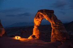 Delicate Arch at Night in Arches National Park in Utah by National Geographic National Geographic Fotos, National Geographic Photo Contest, National Geographic Photography, Panoramic Photography, Night Photography, Wallpaper 2017, Delicate Arch, Night Sky Stars, Salt Lake City Utah