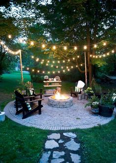 Let's just turn the you unused patio space into a beautiful space that can relax our soul and mind. Find the best DIY Patio Ideas here! Fire Pit Backyard, Backyard Patio, Backyard Landscaping, Landscaping Ideas, Backyard Ideas, Backyard Seating, Outdoor Seating, Firepit Ideas, Pool Ideas