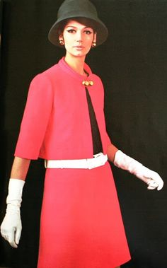 Simone d'Aillencourt is wearingLanvin, 1967.  Suits were cute in the 60s, what happened since then???