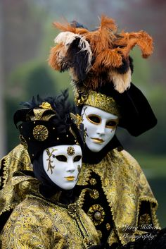Masques de Venise by Jerry Hilbert