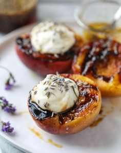 Grilled peaches with lavender honey whipped ricotta recipe p Grilled Desserts, Grilled Fruit, Grilled Peaches, Delicious Desserts, Yummy Food, Healthier Desserts, Honey Recipes, Fruit Recipes, Sweet Recipes